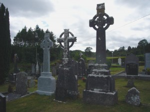 3 headstones in Dr Lynch plot
